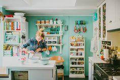 Virginia Demaria, chef Cocinas Kitchen, Other Rooms, House Tours, Virginia, Loft, Bed, Furniture, Home Decor, Kitchen