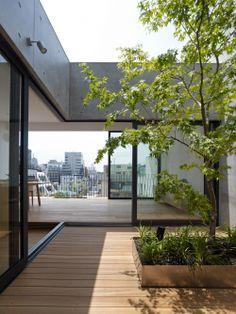 Grass Building / Ryo Matsui Architects
