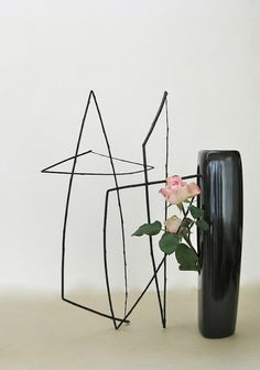 Black willow and two roses - An arrangement outside the vase - Roadside Ikebana - Christopher - October 2012