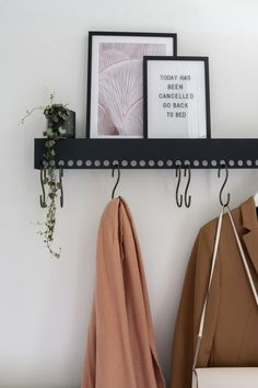 Thank you for all your answers to our DIY wardrobe. Has been hanging for 2 years . Thank you for all your answers to our DIY wardrobe. Has been hanging for 2 years … – Hall ♡ L Diy Coat Hooks, Diy Coat Rack, Diy Hooks, Coat Racks, Coat Hooks Hallway, Hall Coat Rack, Decorative Coat Hooks, Coat Hanger, Diy Haken