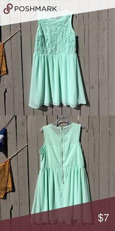 Mint green dreamy dress Tagless, zips in back, sheer back chiffon dress with crocheted flower front. Dresses Midi