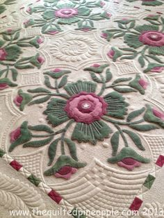 THE QUILTED PINEAPPLE: Quilting Eye Candy