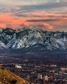 Discover recipes, home ideas, style inspiration and other ideas to try. Park City Utah, Salt Lake City Utah, Pretty Pictures, Pretty Pics, Mountain Art, Landscape Photos, The Good Place, Places To Go, Mountains