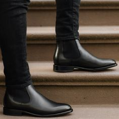 High Ankle Boots, Chelsea Ankle Boots, Black Chelsea Boots, Mens Chelsea Boots, Mens Boots Fashion, Sneakers Fashion, Over Boots, Avan Jogia, Dress Shoes