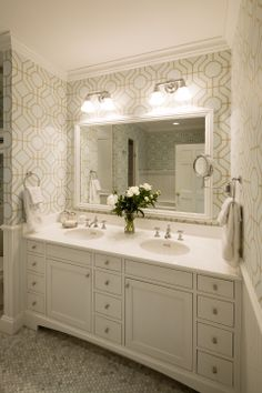 Byron Street Carriage House - Master bath