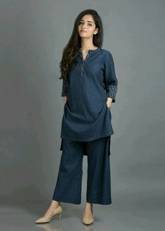 [Women's fashion]Summer Outfits Women indian - All About Pakistani Fashion Casual, Pakistani Dresses Casual, Pakistani Dress Design, Indian Fashion, Hijab Casual, Kurta Designs Women, Kurti Neck Designs, Kurti Designs Party Wear, Salwar Designs