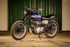 Kawasaki W650 custom motorcycle by Wes Reyneke of Rather Be Riding.