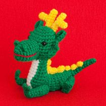 Amu-use site information and Handicraft Crochet | 2012 Dragon zodiac amigurumi - too bad it's in Japanese