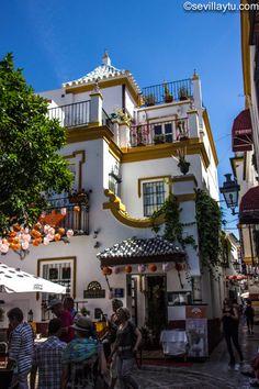Casa en la Plaza de Doña Elvira, Sevilla.