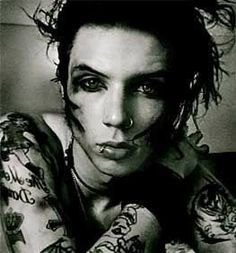 lead singer of black veil brides Andy Sixx