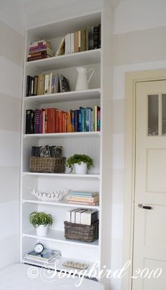 IKEA Hackers: Billy Bookcase becomes Built-in
