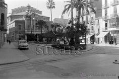 MAGNIFICA FOTOGRAFIA DE LA PLAZA DE LA PAZ DE CASTELLON EN LOS AÑOS 60 - Foto 1