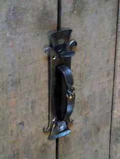 penture queue de rat rat tail hinge forge ironwork pinterest rat rat and blacksmithing. Black Bedroom Furniture Sets. Home Design Ideas