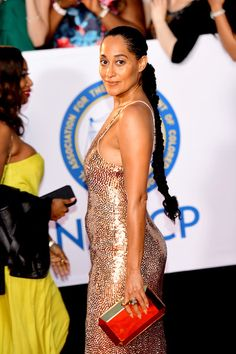 Actress Tracee Ellis Ross attends the NAACP Image Awards at Pasadena Civic Auditorium on January 2018 in Pasadena, California. Tracy Ross, Tracey Ellis, Issa Rae, Tracee Ellis Ross, Black Girls Hairstyles, Celebs, Celebrities, Beautiful Black Women, Black Girl Magic