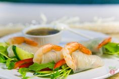 Rice Paper Rolls  with Prawns & Coriander Dipping Sauce