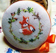 Cloud: Regali di Pasqua  Cross stitch fox