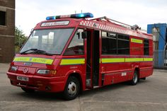 Rescue Vehicles, Fire Engine, Police Cars, Fire Trucks, Appliance, Great Britain, Firefighter, Ems, Country