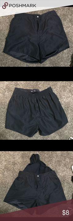 Ladies bathing suit bottom in black Black bathing suit bottom, shorts style, with liner croft & barrow Swim