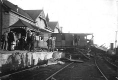 Railway accident at Murray Bridge, 1923 | Flickr - Photo Sharing!The scene after an accident at Murray Bridge railway station showing wreckage and damaged carriages from a runaway rail truck from Monarto which had pushed an empty carriage up on to the platform in front of the building.