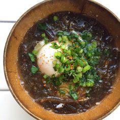 "Miso soup of marine-plants""Mozuku"" & egg/モズクとたまごのお味噌汁"