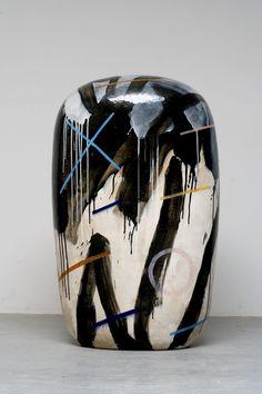 Jun KANEKO, Japan Japanese Ceramics, Modern Ceramics, Contemporary Ceramics, White Ceramics, Contemporary Art, Ceramic Clay, Ceramic Pottery, Glazed Ceramic, 3d Studio