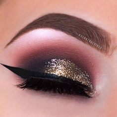 Another view of my latest makeup look! ✨ ___________________ ✖️ EYEBROWS:  @anastasiabeverlyhills Dip Brow in Soft Brown  ___________________ ✖️ EYESHADOW: @nyxcosmetics @nyxcosmeticscanada NYX Ultimate in Warm Neutrals & Face and Body Glitter in Bronze, @anastasiabeverlyhills Single Shadows in Baby Cakes, Buon Fresco, Blazing & Noir, @purcosmetics Eye Polish in Caviar & @urbandecaycosmetics Heavy Metal Liner in Midnight Cowboy  ___________________ ✖️ EYELINER: @tartecosmetics Tarteist Clay…