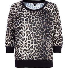 Brown leopard print dolman top €20.00