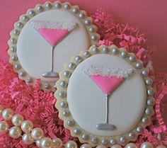 Pink Martini Decorated Sugar Cookies  HV: cukormáz ételfestékek habzsák dekorcső coupler Megvásárolhatsz mindent a GlazurShopban! http://shop.glazur.hu #kekszdekoracio