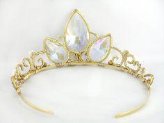 A Tangled Tiara -- I want this!
