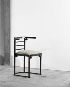 fledermaus cafe chair by joseph hoffmann