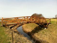erős hidat kevés fából