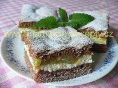Křehký rebarborový koláč