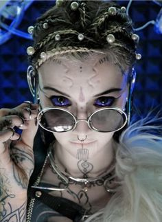 Grace Neutral Face Tattoos, Sexy Tattoos, Girl Tattoos, Grace Neutral Tattoo, Goth Makeup, Inked Girls, Tattood Girls, Female Photographers, Body Modifications
