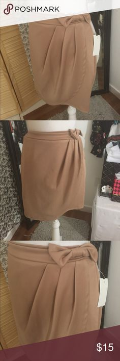 Nude bow detail wrap around skirt Polyester/spandex Skirts