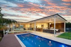 Luxury Home in Mosman, NSW ~ Looks like my aunt's house in the PI...very open and perfect for parties :)