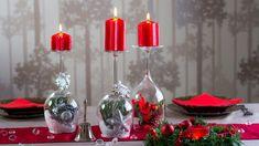 Teplo a světlo svíček navodí tu správnou vánoční atmosféru, a proto by ve vaší domácnosti neměly chybět krásné svícny. Originální si můžete podle našeho vzoru vyrobit i ze skleniček na víno nebo sekt! Xmas Decorations, Handmade Christmas, Christmas Bulbs, Sweet Home, Holiday Decor, Crafts, Furniture, Home Decor, Montages