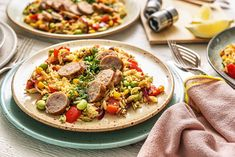 Order the HelloFresh Family Plan recipe box for week 15 Sep - 21 Sep and get healthy recipes and all the fresh ingredients in perfect proportions delivered to your door. Italian Sausage Recipes, Italian Sausages, Diet Recipes, Healthy Recipes, Healthy Food, Warm Salad, Soup And Salad, The Fresh, Stuffed Peppers