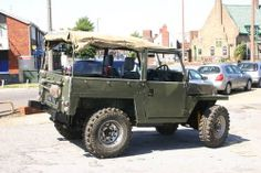 Landrover Lightweight 88. Had one of these with an SD1 3.5 litre V8 auto shoved in the front. What a hooligan!!