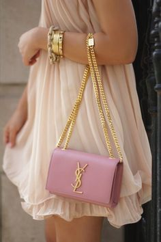Fashion trends | Vaporous cream dress with Yves Saint-Laurent handbag