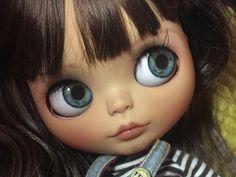 Laire una linda muñeca de blythe de Ooak.