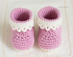 Pink Lady Baby Booties - Free Crochet Pattern  (Hopefully honey)