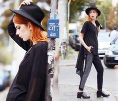 Blackfive Top, Blackfive Pants, Shellys London Shoes, Nelly Hat, Coat