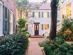 Zero George, Charleston
