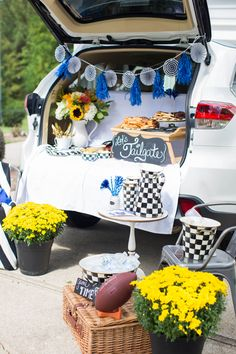 How to: Host a Great Tailgate | Coffee Beans and Bobby Pins
