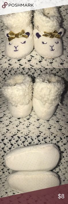 Baby Sheep Slippers New without tags! Adorable baby sheep slippers with a beautiful glitter bow☺️ Shoes Slippers