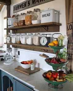 27 Country Cottage Style Kitchen Decor Ideas to make you fall in love with your kitchen again - Interior Design - Home Sweet Home Rustic Kitchen Cabinets, Farmhouse Style Kitchen, Rustic Farmhouse, Kitchen Rustic, Farmhouse Kitchens, Farm Kitchen Ideas, Kitchen Sink, Farmhouse Ideas, Rustic Chic