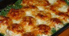 Самые вкусные куриные шарики в сливочно - чесночном соусе.