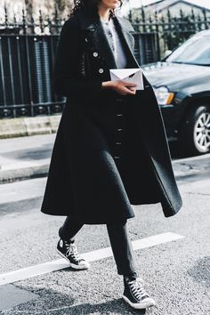 PFW-Paris_Fashion_Week_Fall_2016-Street_Style-Collage_Vintage-Converse-