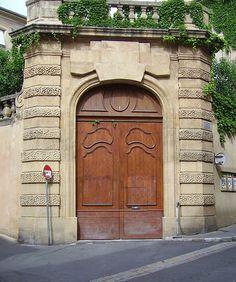 Portail à carosses - Hotel de Maliverny - Aix en Provence | Flickr - Photo Sharing!