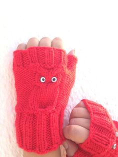 Owl figure Red Wool Fingerless Gloves Armwarmers Hand Knit Chic Winter Accessories Winter Fashion, halloween, christmas